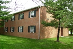 Laurel Court Apts