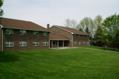 Chestnut Court Apts